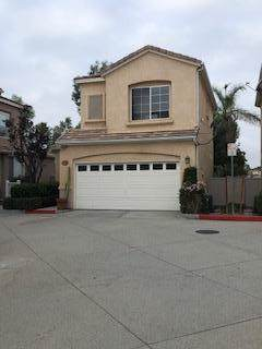27827 Crown Court Circle, Valencia, CA 91354 (MLS #219034490) :: The John Jay Group - Bennion Deville Homes
