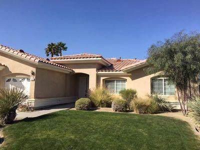 131 Clearwater Way, Rancho Mirage, CA 92270 (MLS #219037529) :: The Sandi Phillips Team