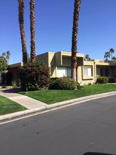5754 Los Coyotes Drive, Palm Springs, CA 92264 (MLS #219039449) :: The Sandi Phillips Team