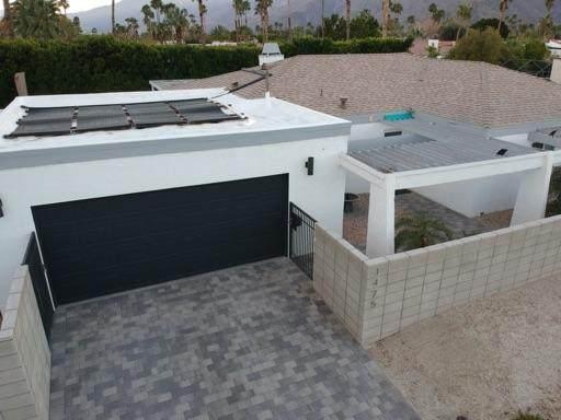 1475 E Via Escuela, Palm Springs, CA 92262 (MLS #219041195) :: The John Jay Group - Bennion Deville Homes