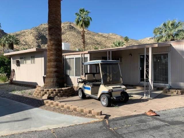 55 Santa Maria, Palm Springs, CA 92264 (MLS #219042553) :: The Sandi Phillips Team