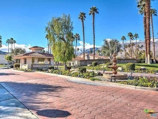 2701 E Mesquite Avenue, Palm Springs, CA 92264 (MLS #219043445) :: The John Jay Group - Bennion Deville Homes