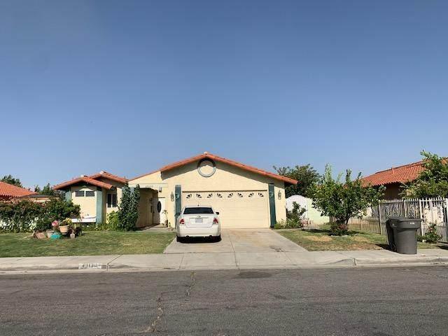 49130 Jazmin Street, Coachella, CA 92236 (MLS #219044236) :: The Jelmberg Team