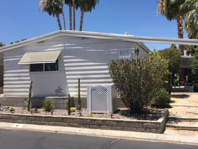 49305 Highway 74 #4, Palm Desert, CA 92260 (MLS #219045627) :: Mark Wise | Bennion Deville Homes