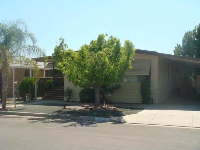 26065 Butterfly Palm Drive, Homeland, CA 92548 (MLS #219046053) :: The Sandi Phillips Team