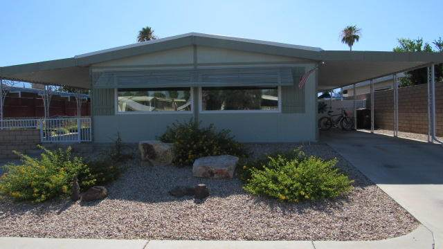 39301 Palm Greens Parkway, Palm Desert, CA 92260 (MLS #219047066) :: KUD Properties