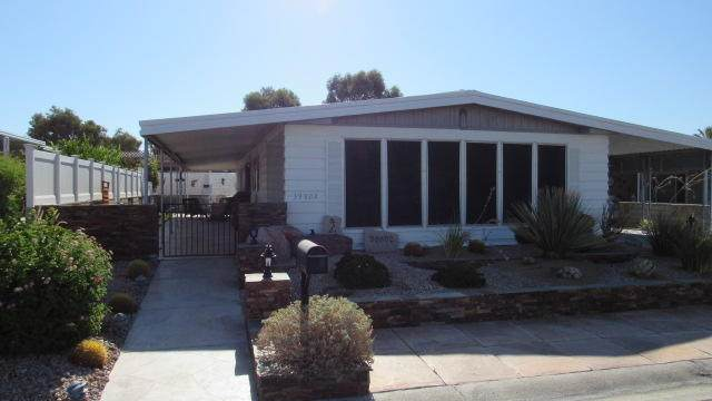 39802 Black Mesa Lane, Palm Desert, CA 92260 (MLS #219047393) :: The John Jay Group - Bennion Deville Homes