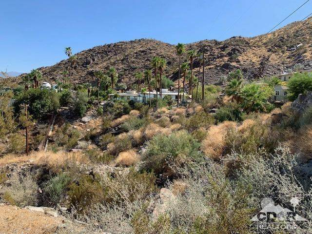 1870 S Crestview Drive, Palm Springs, CA 92264 (MLS #219049648) :: The Sandi Phillips Team