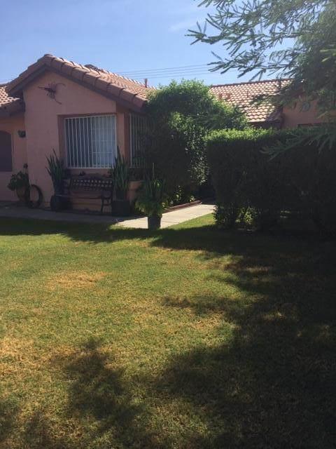 84503 Calle Cathron, Coachella, CA 92236 (MLS #219051880) :: Brad Schmett Real Estate Group