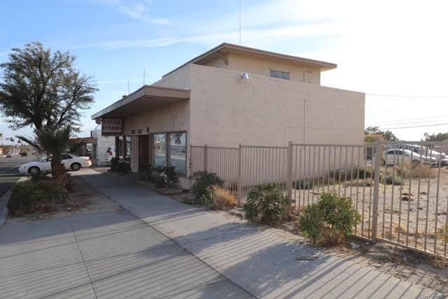12331 Palm Drive Drive, Desert Hot Springs, CA 92240 (MLS #219059160) :: Brad Schmett Real Estate Group