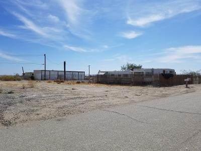3352 Cal Avenue, Thermal, CA 92274 (#219059827) :: The Pratt Group