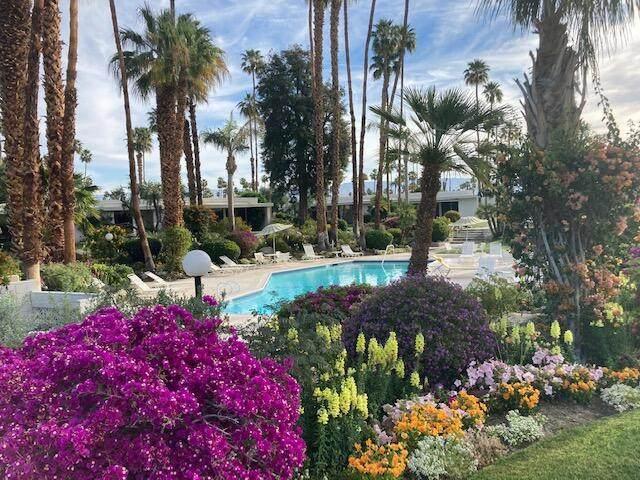 76750 Lark Drive, Indian Wells, CA 92210 (MLS #219060607) :: Hacienda Agency Inc