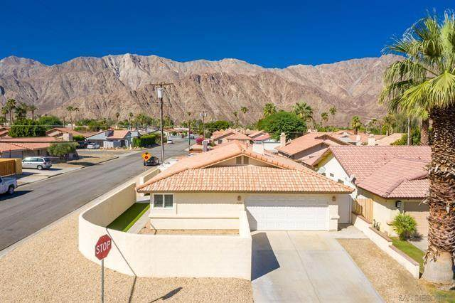 51985 Avenida Mendoza, La Quinta, CA 92253 (MLS #219061324) :: Brad Schmett Real Estate Group