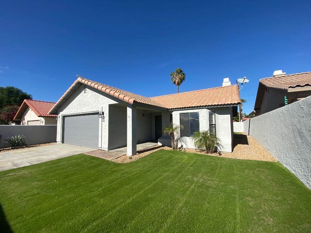 78570 Saguaro Road - Photo 1