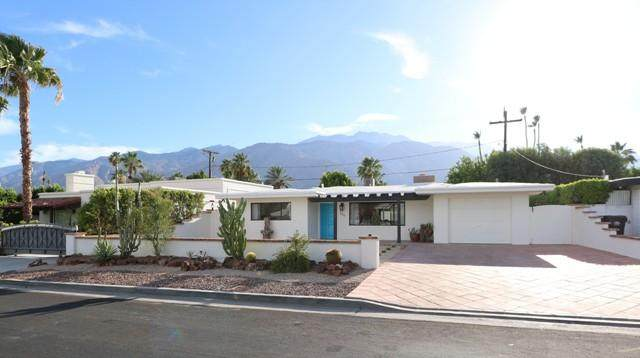 699 N Plaza Amigo, Palm Springs, CA 92262 (MLS #219063398) :: KUD Properties