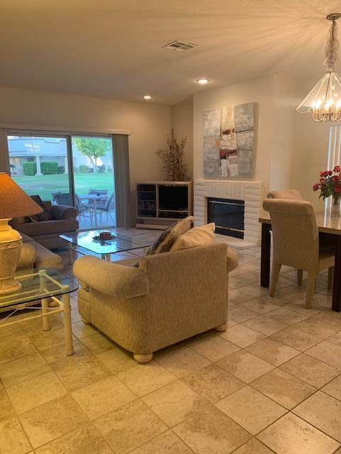 230 Vista Royale Circle, Palm Desert, CA 92211 (MLS #219063734) :: Desert Area Homes For Sale
