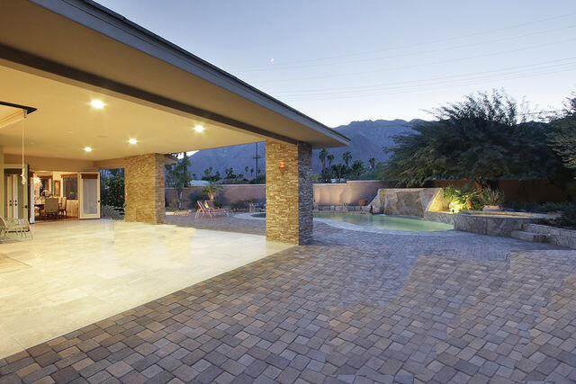 290 W San Carlos Road, Palm Springs, CA 92262 (MLS #219068239) :: Lisa Angell