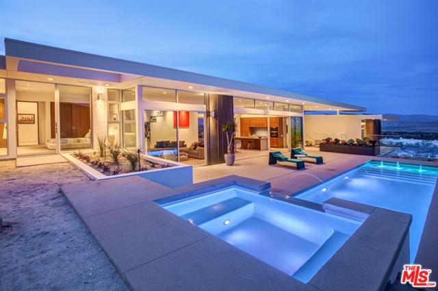 2025 W Celestial Court, Palm Springs, CA 92262 (MLS #17216668) :: Brad Schmett Real Estate Group