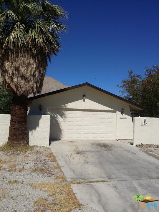 15865 Oreana Way, Palm Springs, CA 92262 (MLS #17233086PS) :: Brad Schmett Real Estate Group