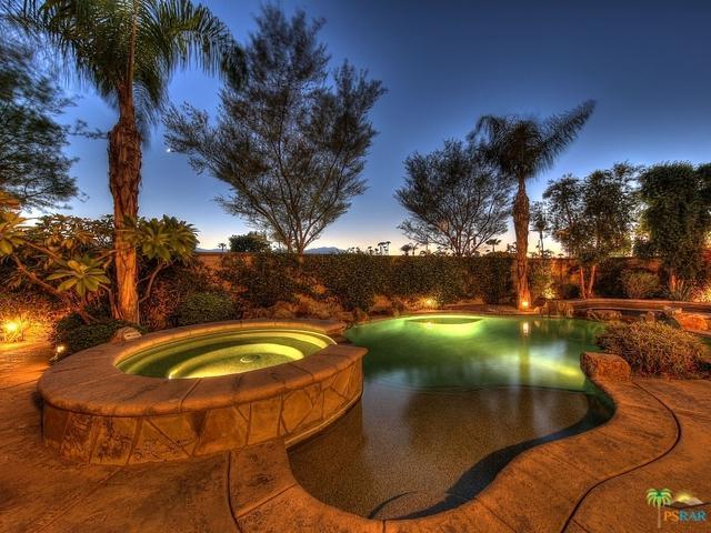 74002 Via Vittorio, Palm Desert, CA 92260 (MLS #17264394PS) :: The John Jay Group - Bennion Deville Homes