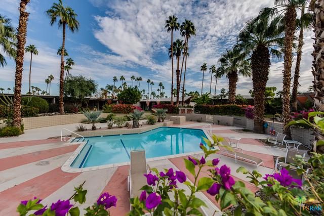 207 E Twin Palms Drive, Palm Springs, CA 92264 (MLS #17285380PS) :: The John Jay Group - Bennion Deville Homes