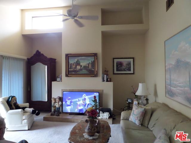 407 W Village Square, Palm Springs, CA 92262 (MLS #17286346) :: Deirdre Coit and Associates