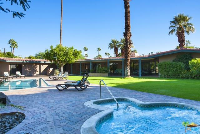 1133 Pasatiempo Road, Palm Springs, CA 92262 (MLS #17287520PS) :: Brad Schmett Real Estate Group