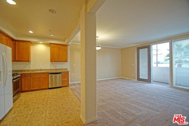 360 W Avenue 26 #321, Los Angeles (City), CA 90031 (MLS #18299710) :: The John Jay Group - Bennion Deville Homes