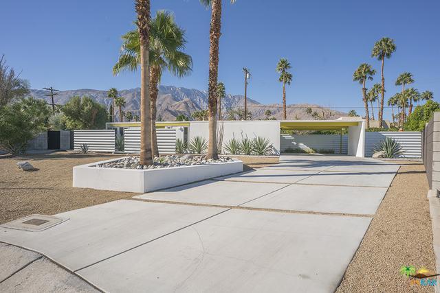 309 E Desert Holly Circle, Palm Springs, CA 92262 (MLS #18305030PS) :: Hacienda Group Inc