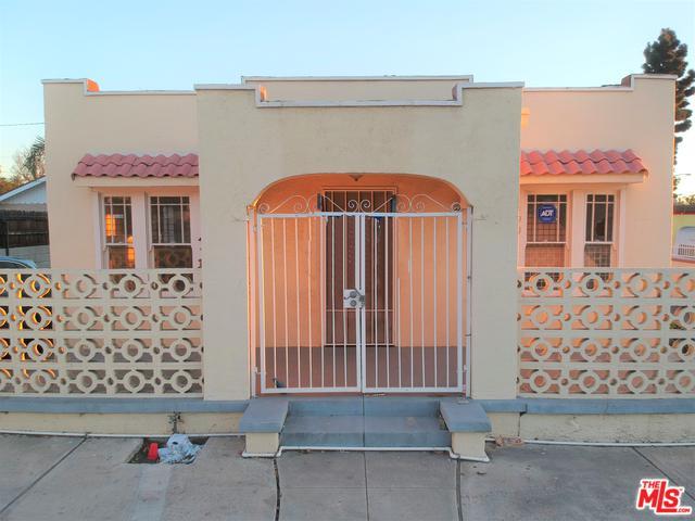 490 W Orange Grove Avenue, Pomona, CA 91768 (MLS #18309336) :: The John Jay Group - Bennion Deville Homes
