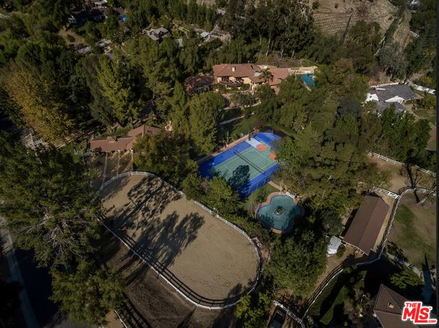 5839 Jed Smith Road, Hidden Hills, CA 91302 (MLS #18309918) :: The John Jay Group - Bennion Deville Homes