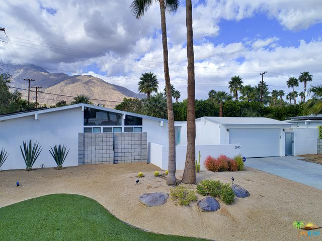 2845 E Wyman Drive, Palm Springs, CA 92262 (MLS #18312430PS) :: Brad Schmett Real Estate Group