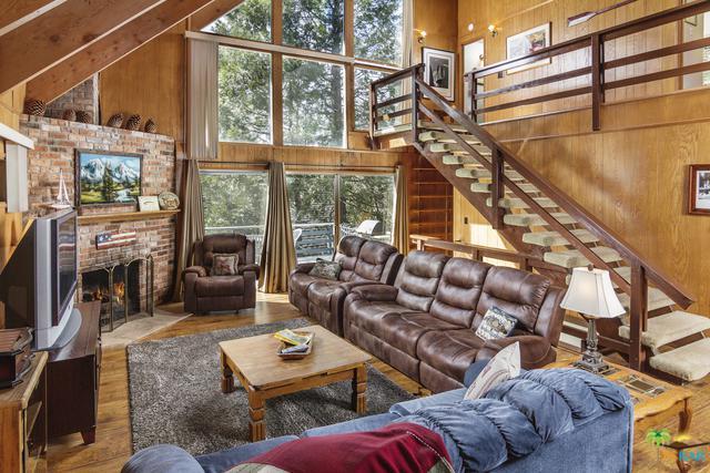 226 Sunset Drive, Lake Arrowhead, CA 92352 (MLS #18313790PS) :: Hacienda Group Inc