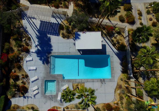 2074 N Mira Vista Way, Palm Springs, CA 92262 (MLS #18314550PS) :: The John Jay Group - Bennion Deville Homes