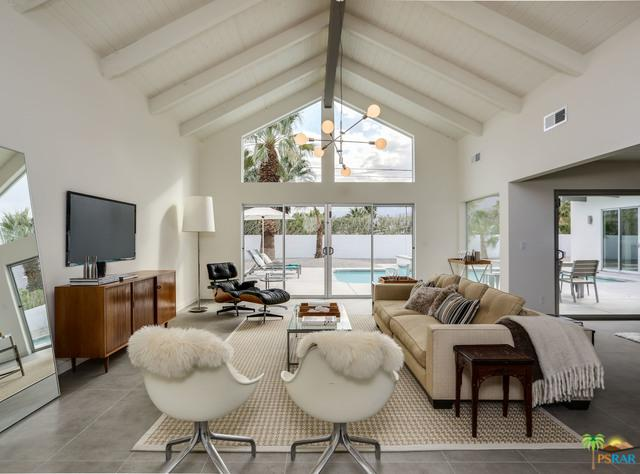 455 E Laurel Circle, Palm Springs, CA 92262 (MLS #18314768PS) :: Brad Schmett Real Estate Group