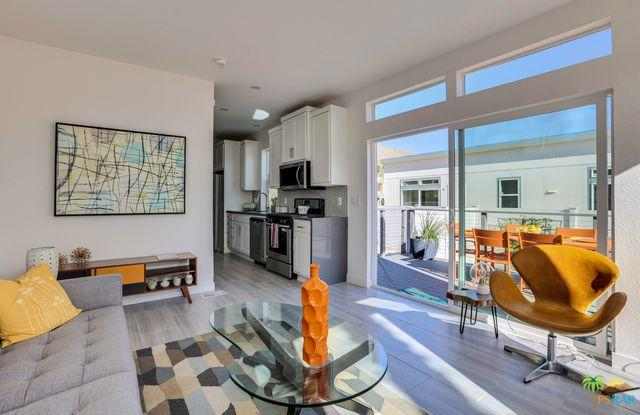 141 Pali, Palm Springs, CA 92264 (MLS #18315796PS) :: Brad Schmett Real Estate Group