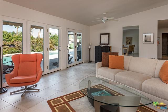 3508 E Escoba Drive, Palm Springs, CA 92264 (MLS #18316644PS) :: Team Wasserman
