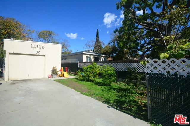 11329 Venice, Los Angeles (City), CA 90066 (MLS #18322558) :: The John Jay Group - Bennion Deville Homes