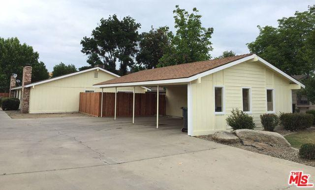 1718 E Laura Avenue, Visalia, CA 93292 (MLS #18322678) :: Team Wasserman
