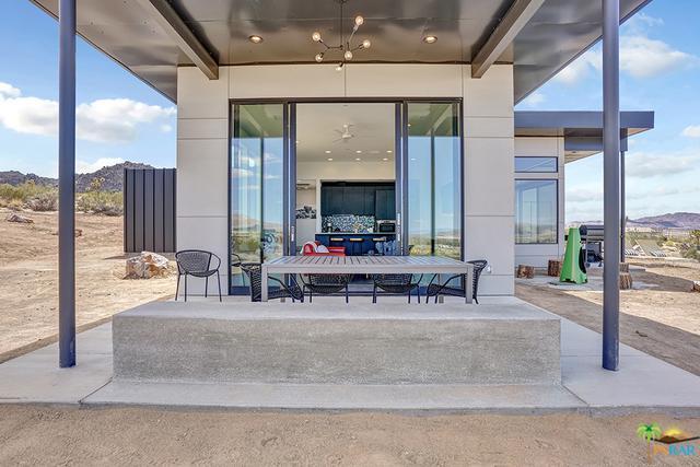 64121 Sullivan Road, Joshua Tree, CA 92252 (MLS #18323474PS) :: Brad Schmett Real Estate Group