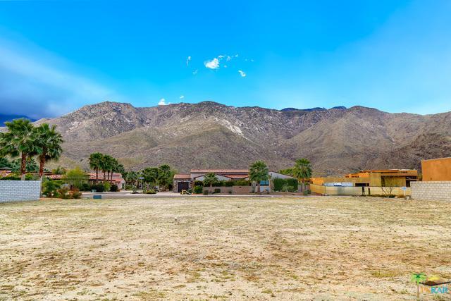 3224 Estaban Way, Palm Springs, CA 92264 (MLS #18323882PS) :: Team Wasserman