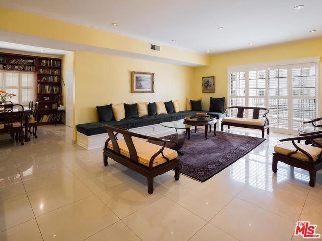 1338 Amherst Avenue #102, Los Angeles (City), CA 90025 (MLS #18323984) :: The John Jay Group - Bennion Deville Homes
