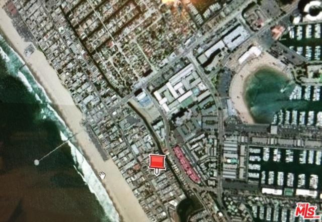 130 Eastwind Street, Venice, CA 90292 (MLS #18324304) :: The John Jay Group - Bennion Deville Homes