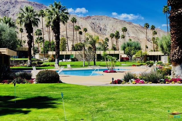 72517 El Paseo #906, Palm Desert, CA 92260 (MLS #18324728PS) :: Brad Schmett Real Estate Group