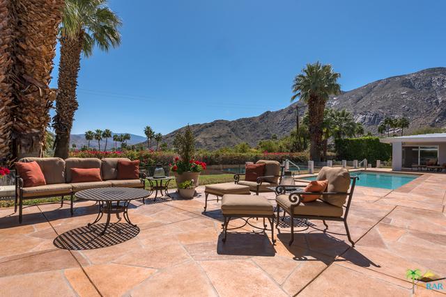 707 W Stevens Road, Palm Springs, CA 92262 (MLS #18326096PS) :: Team Wasserman