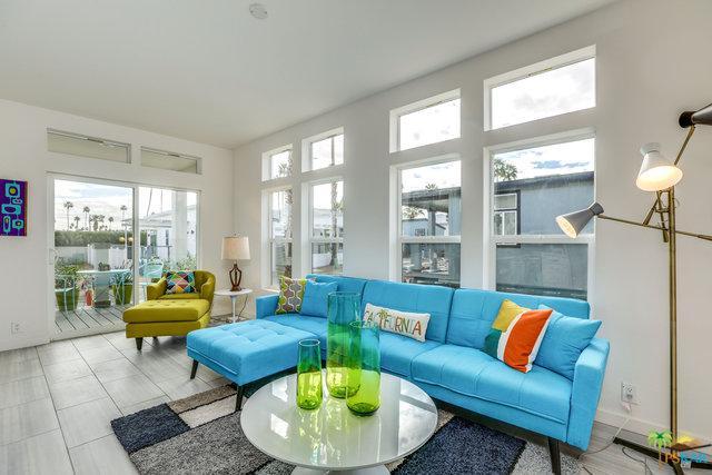254 Lei Drive, Palm Springs, CA 92264 (MLS #18328104PS) :: Brad Schmett Real Estate Group