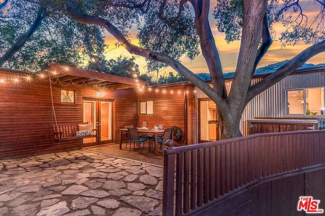 20402 Paradise Lane, Topanga, CA 90290 (MLS #18330322) :: The John Jay Group - Bennion Deville Homes