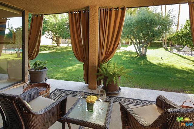 1843 Via Isla, Palm Springs, CA 92264 (MLS #18331506PS) :: Brad Schmett Real Estate Group