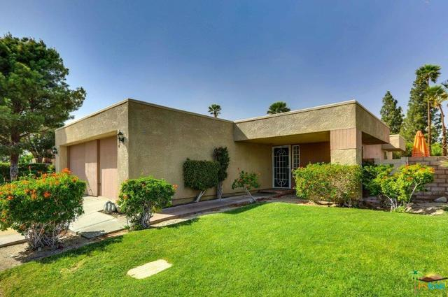 1454 Sunflower Circle, Palm Springs, CA 92262 (MLS #18331766PS) :: The John Jay Group - Bennion Deville Homes