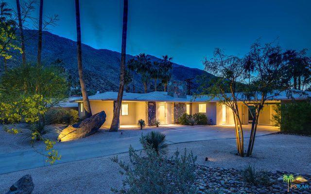 250 W Lilliana Drive, Palm Springs, CA 92264 (MLS #18332094PS) :: The John Jay Group - Bennion Deville Homes